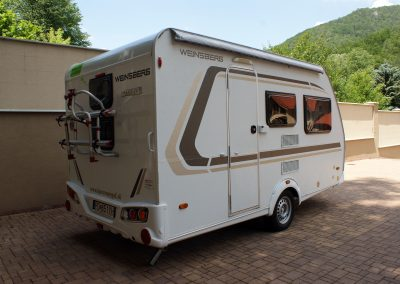 Weinsberg 400 LK 3 - klimatiziacia - 4 osoby